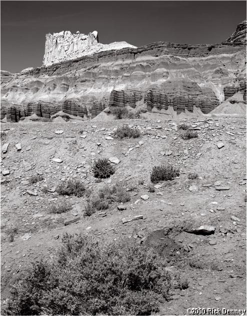 IMAGE: http://www.rickdenney.com/castle_rock_capitol_reef_0792_lores.jpg
